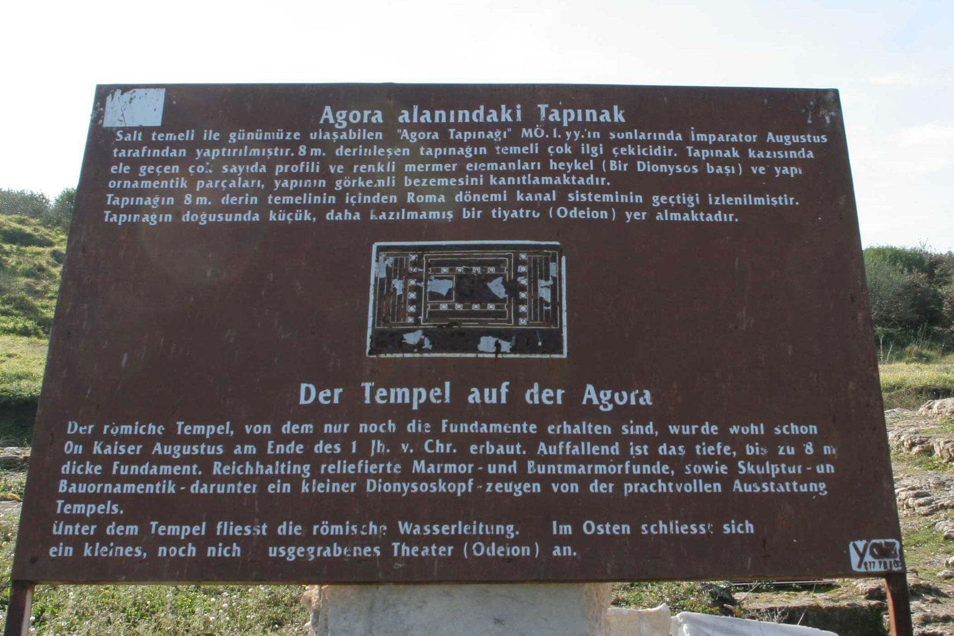 Tempel auf der Agora